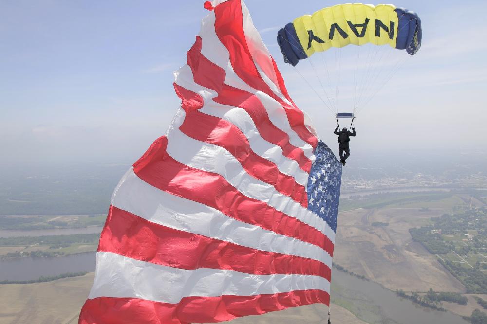 Pixabay navy parachute us flag